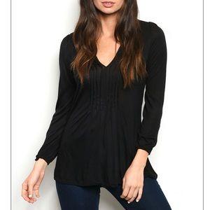 Black Long sleeve V-neck jersey tunic top.
